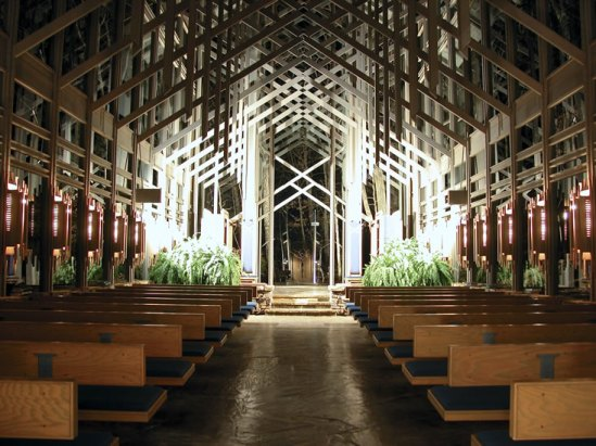 thorncrown chapel at night